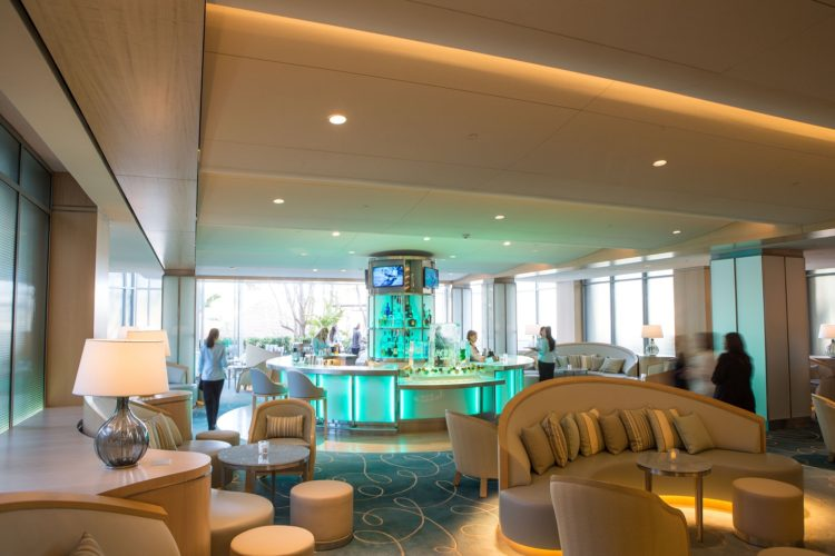 Island Hotel Aqua Lounge
