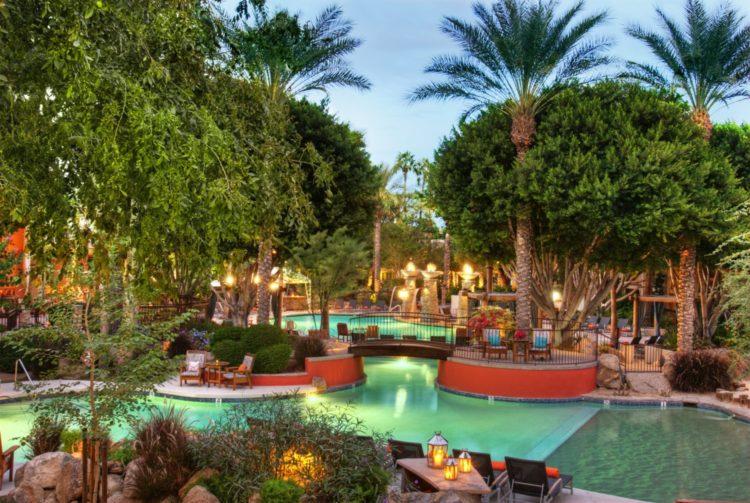 FireSky Resort & Spa - Pool View Guestroom
