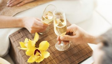 Attend Agave Spa's Champagne Happy Hour Party