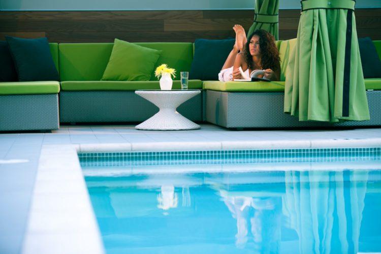 Hotel Palomar_Pool Cabanas