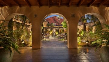 3 Romantic Experiences at Royal Palms