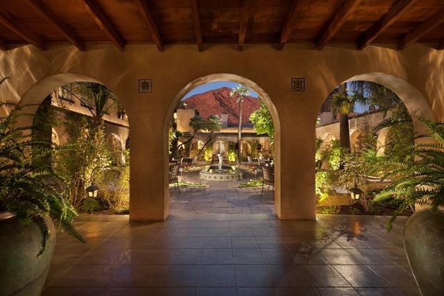 3 Romantic Experiences at Royal Palms