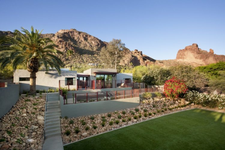 Spa House backyard at Sanctuary on Camelback Mountain