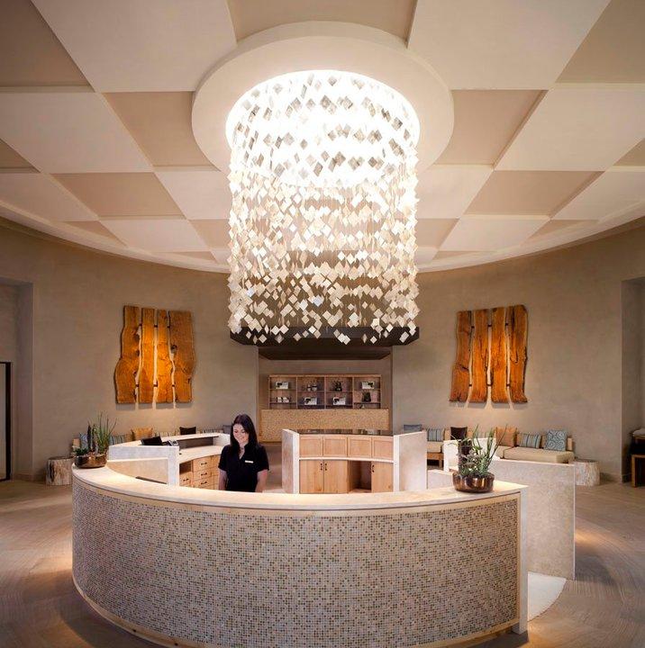Photo: Facebook, Ritz-Carlton, Dove Mountain