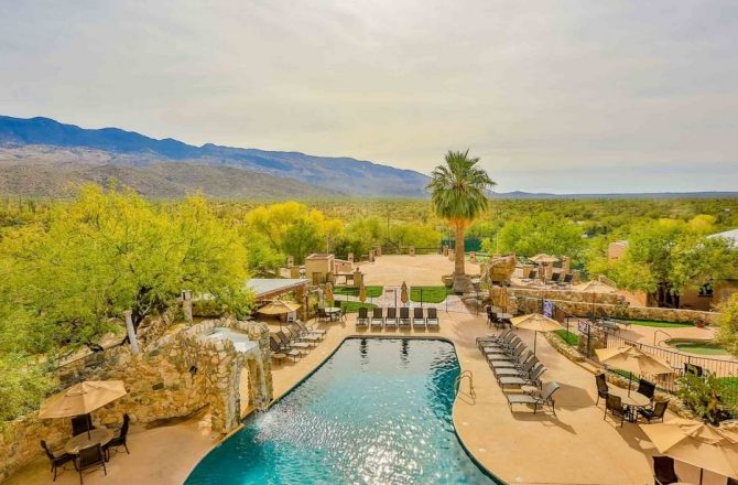 Arizona Hotels & Resorts Top Condé Nast Traveler's 2016 Readers' Choice Awards