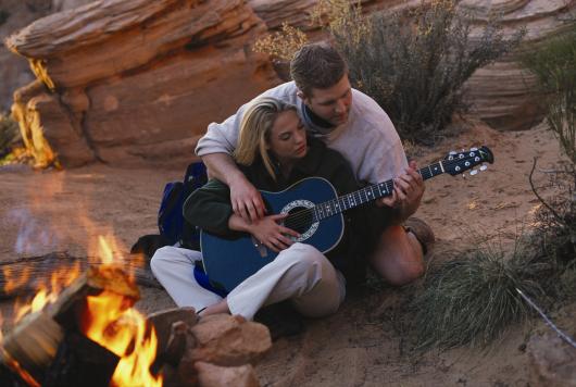 guitar_sedonacampfire_2