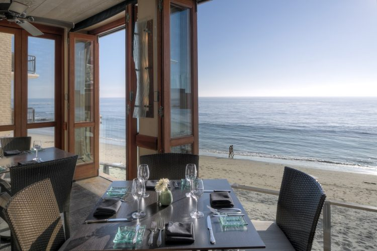 splashes-restaurant-surf-sand-laguna-beach