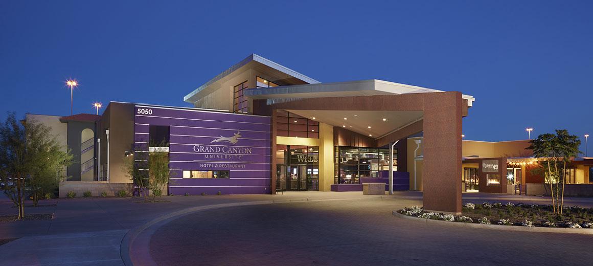 Hotels Near University Of Phoenix Az