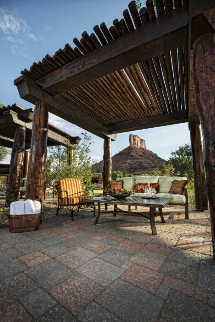 cabana and palisade