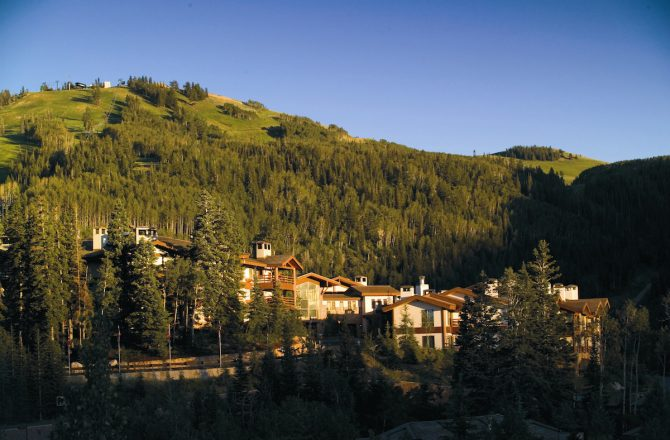 Summer Specials At The Award-Winning Utah Lodge You've Always Dreamed of Visiting