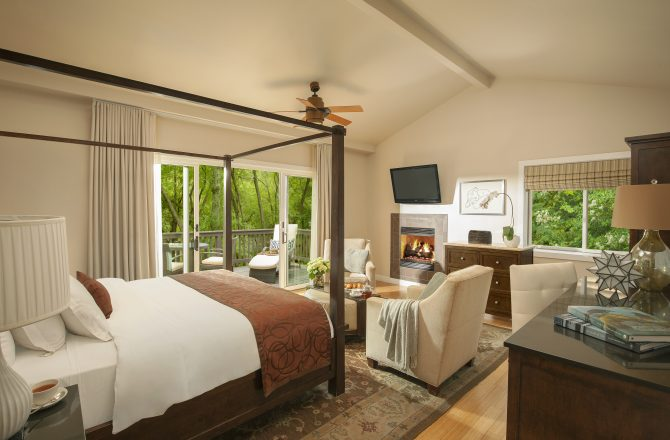 Soak Up The Dog Days Of Summer in Style At This Sedona Resort