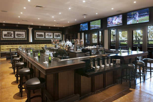 Happy Hour Deals at Bar Six40 at The Scottsdale Resort at McCormick Ranch