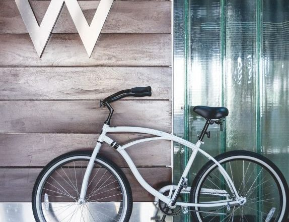 New Be-Spoke Bike Program at W Scottsdale Includes Custom Itineraries
