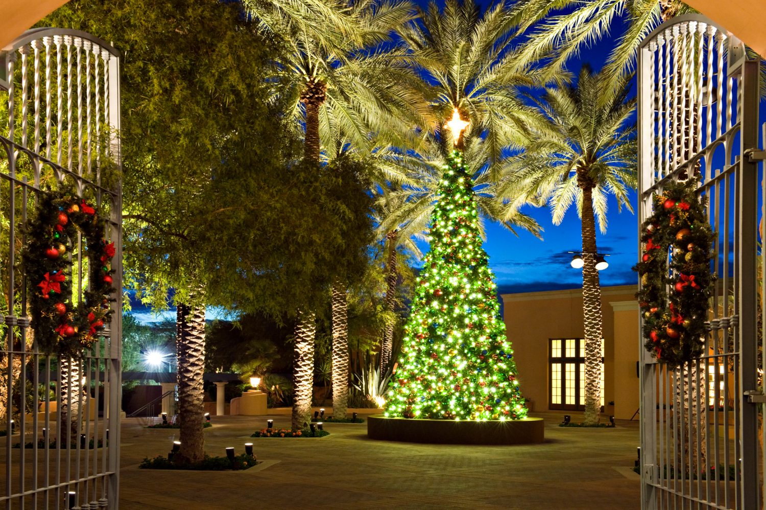 Christmas At The Princess.Fairmont Scottsdale Offering Early Bird Rates For Christmas