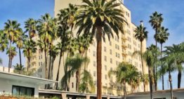 Alfresco Wining, Dining, Movies and More at The Hollywood Roosevelt