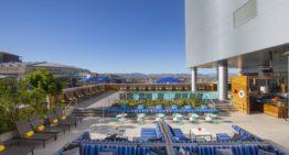 Travel With Confidence: Refundable Phoenix Resort Deals