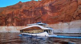 Luxury Houseboat by Bravada Yachts Calls Lake Powell Home