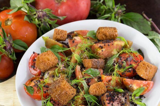 Gertrude's Heirloom Tomato Salad