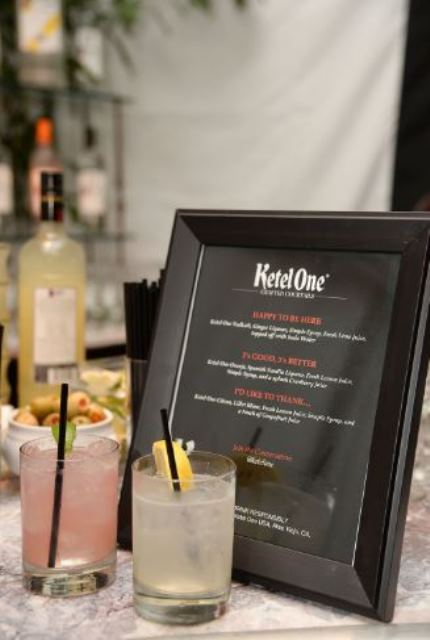 KOV_Oscars_Cocktail_-_Happy_to_be_here_and_I_d_like_to_Thank
