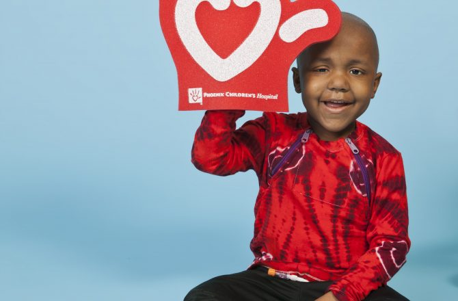 Phoenix Children's Hospital Foundation Goes Gold with Help From Valley Restaurants