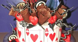 """Alice in Wonderland"" Treats at Honey Moon Sweets"