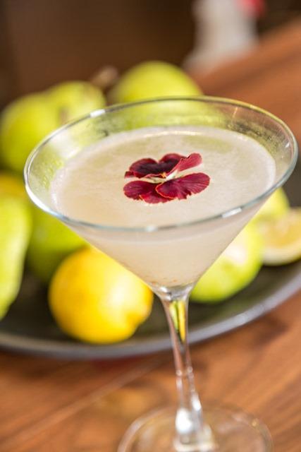 bonefish-fresh-pear-martini