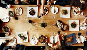 10 Thanksgiving Etiquette Tips