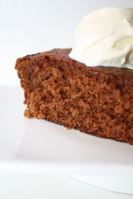 ginger-twist-cake