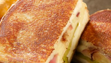 Recipes: Grilled Cheese Month