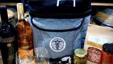Caduceus Cellars & Merkin Vineyards Dinner Bag