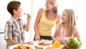 """True Food Kitchen's """"High Five True Kids Challenge"""""""