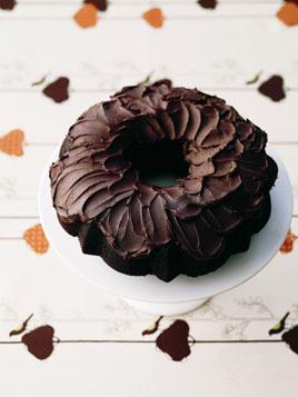 rootbeer-bundt-cake