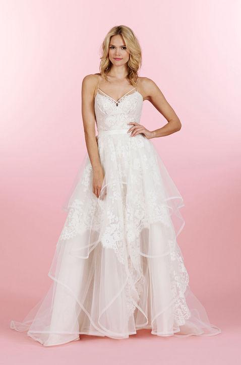 10-best-new-wedding-dresses-bridal-market-h724-1