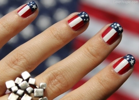 The Best Do It Yourself Fourth of July Nail Art