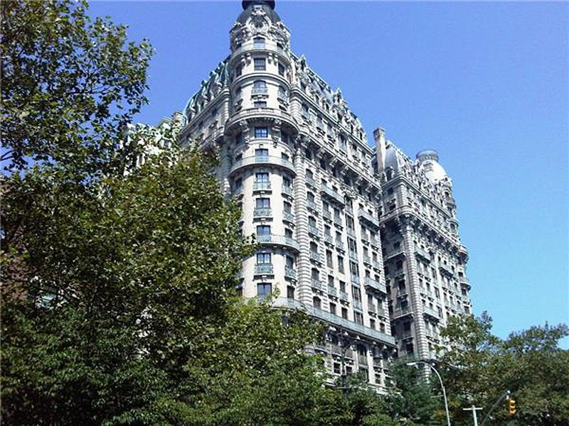 2-new-york-ny-10023-nycs-lincoln-square-neighborhood-on-the-upper-west-side-had-17-home-sales-over-10-million