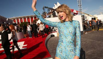Best Dressed Red Carpet Gowns: 2014 VMA's