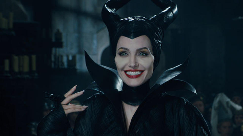 20140318_maleficent_trailer3rev