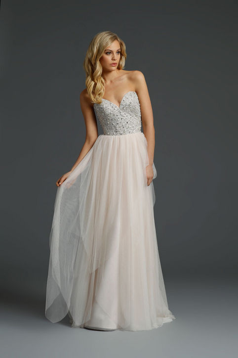 3-best-new-wedding-dresses-bridal-market-h724