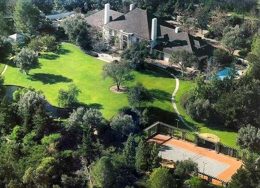 4-bel-air-ca-90077-an-affluent-residential-community-on-the-westside-of-la-bel-air-had-12-home-sales-over-10-million