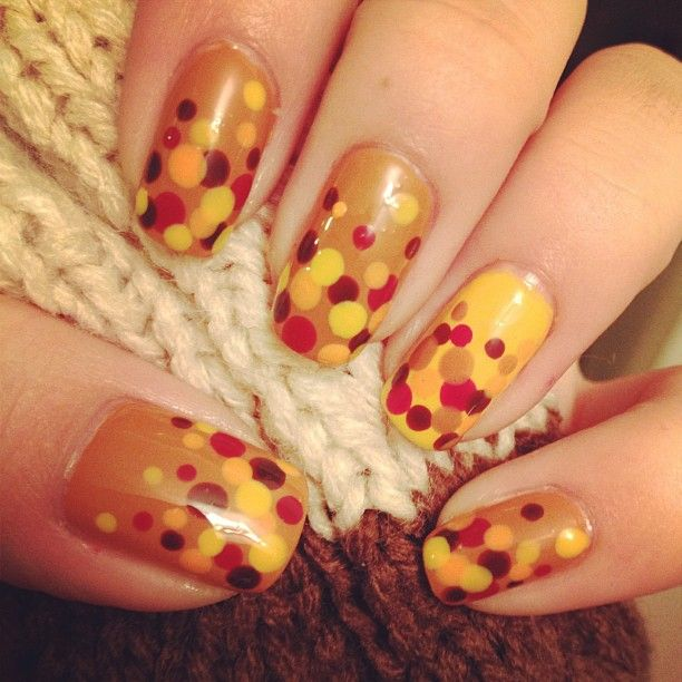 Simple Fall Nail Designs: DIY Thanksgiving Nail Art