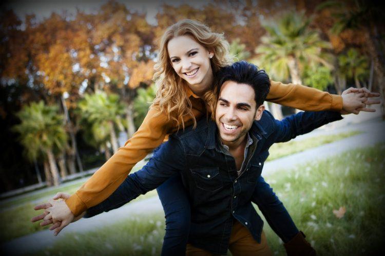 Confident_couple