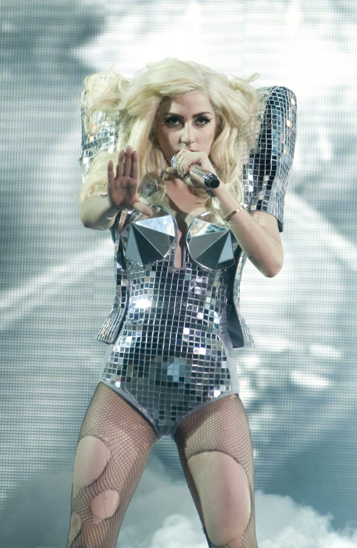 Lady-Gaga-Monster-Ball-Tour-L-A-lady-gag