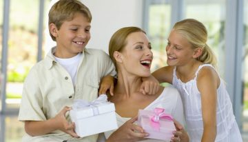 Fabulous Mother's Day Gift Ideas: Macy's Gift Guide