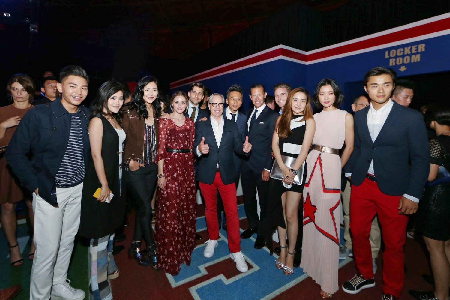 Tommy hilfiger re enacts fall 2015 fashion show in beijing - Tommy hilfiger show ...