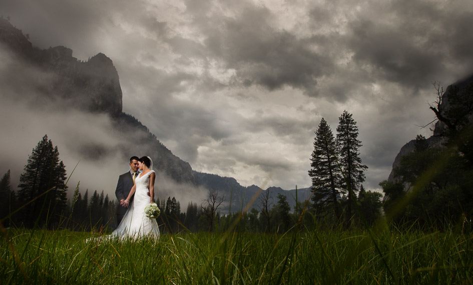 Yosemite-Wedding-in-a-Thunderstorm-with-Nicole-and-Steven