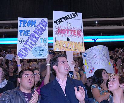 Idol Kicks Off in Phoenix!