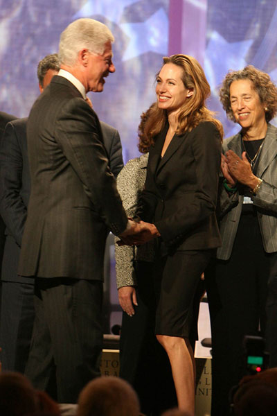 angelina-jolie-bill-clinton