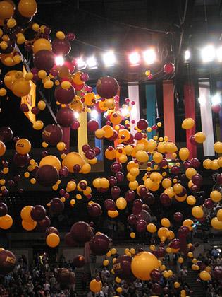 asu-graduation-09-balloons