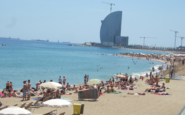 barcelona-beach1