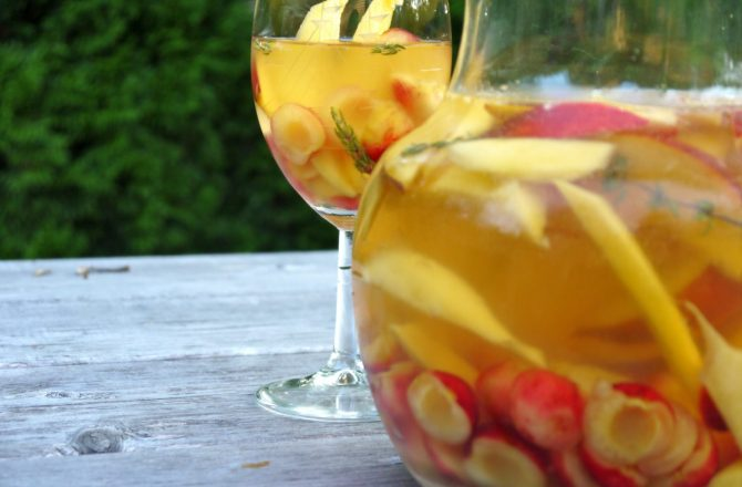 Fruity Summertime Cocktails to Sip Poolside